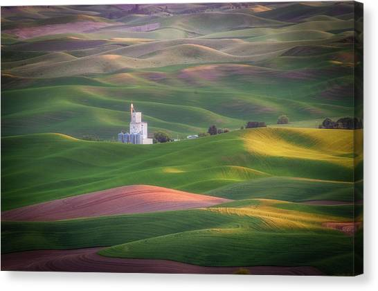 Sunrise From Steptoe Butte. Canvas Print