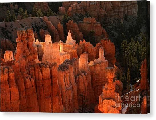 Sunrise In Bryce 6 Canvas Print
