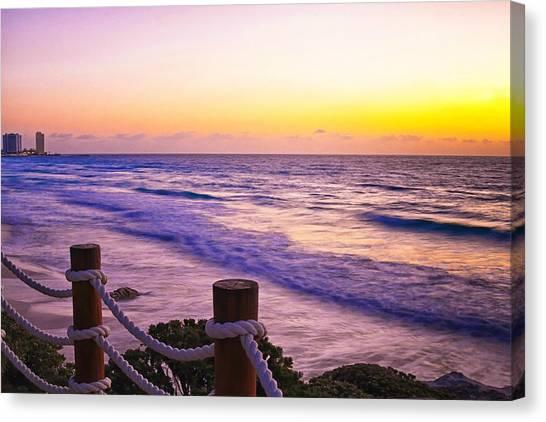 Sunrise In Cancun Canvas Print
