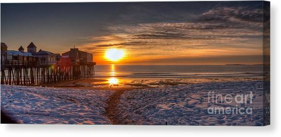 Sunrise In Maine Canvas Print