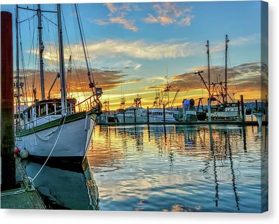 Sunrise On Bay Canvas Print