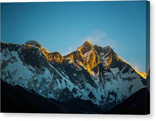 Canvas Print featuring the photograph Sunrise On Everest by Owen Weber