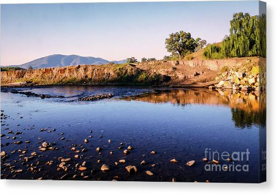 Sunrise On Nariel Creek Canvas Print