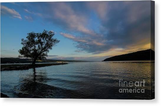 Sunrise On Seneca Lake Canvas Print