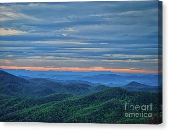 Sunrise On The Parkway Canvas Print