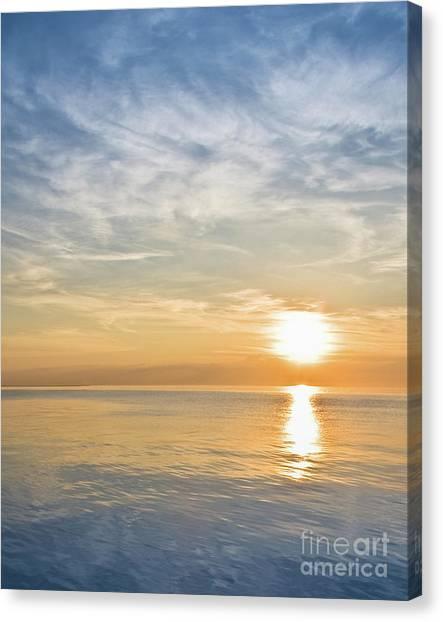 Sunrise Over Lake Michigan In Chicago Canvas Print