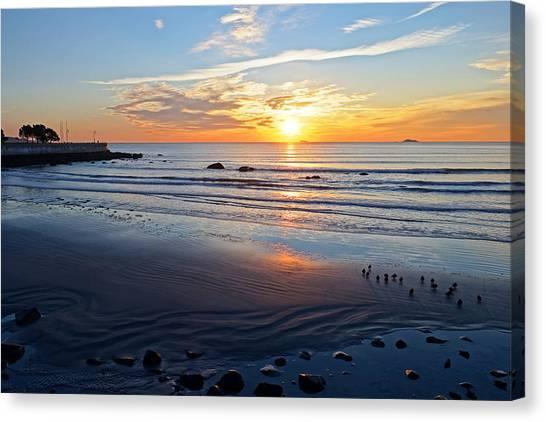 Sunrise Over Red Rock Park Lynn Shore Drive Canvas Print