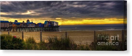 Sunrise Over The Empty Beach Canvas Print
