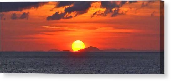 Sunrise Over Western Cuba Canvas Print