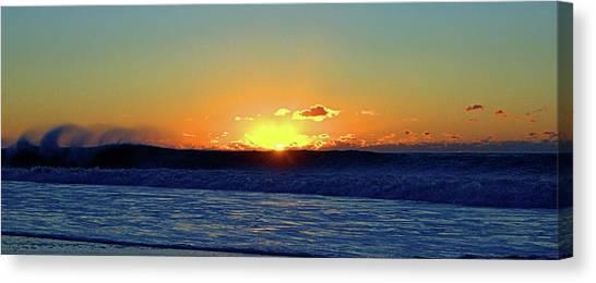 Sunrise Wave I I I Canvas Print