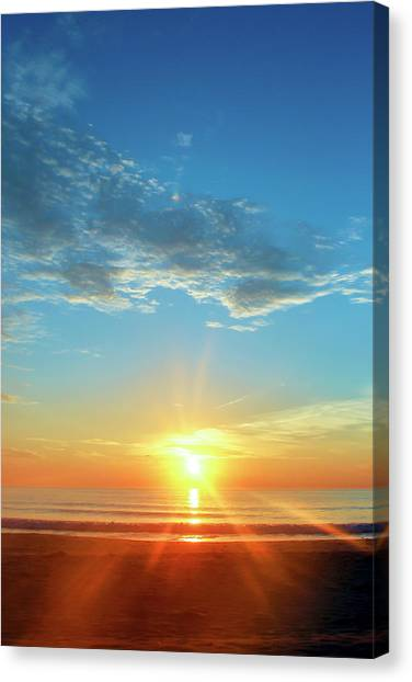 Sunrise With Flare Canvas Print