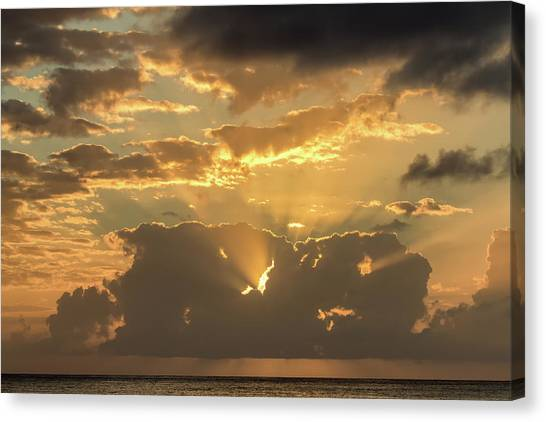 Canvas Print featuring the photograph Sun's Rays by David Buhler