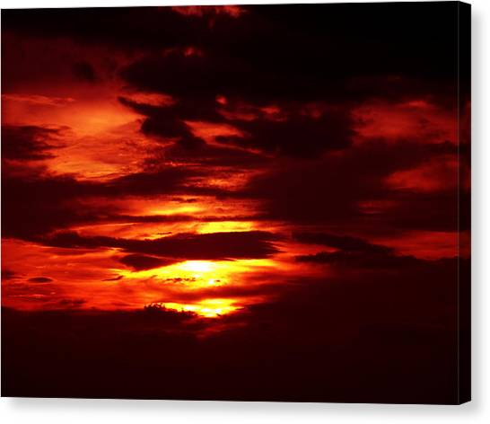 Sunset 3 Canvas Print by Evelyn Patrick