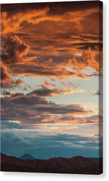 Sunset And Cerro Pedernal Canvas Print