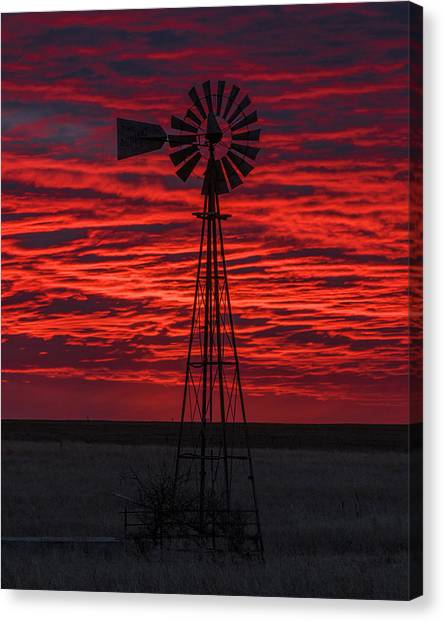 Canvas Print featuring the photograph Sunset And Windmill 02 by Rob Graham