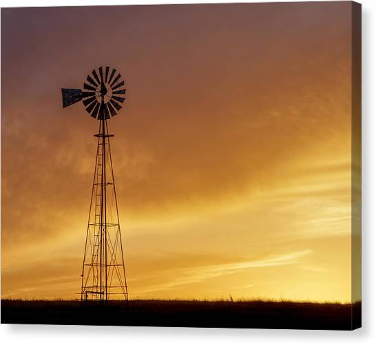 Canvas Print featuring the photograph Sunset And Windmill 09 by Rob Graham