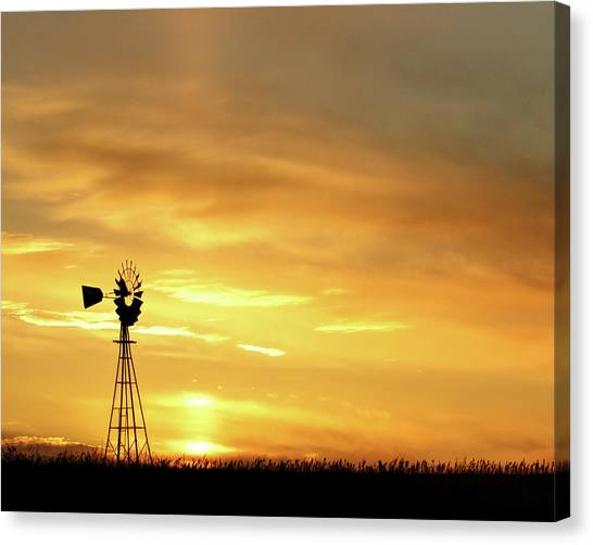 Canvas Print featuring the photograph Sunset And Windmill 11 by Rob Graham