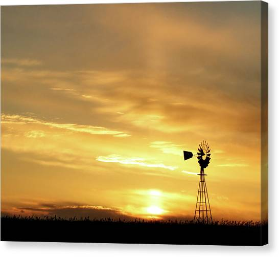 Canvas Print featuring the photograph Sunset And Windmill 13 by Rob Graham