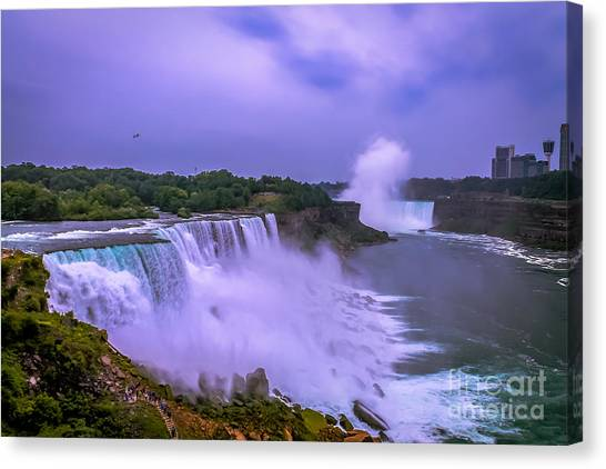 Sunset At Niagara Canvas Print