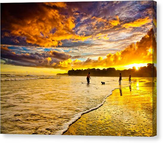 Sunset At The Coast Canvas Print