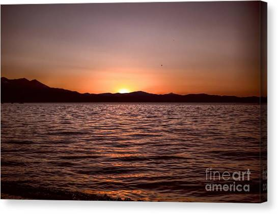 Sunset At The Lake 2 Canvas Print