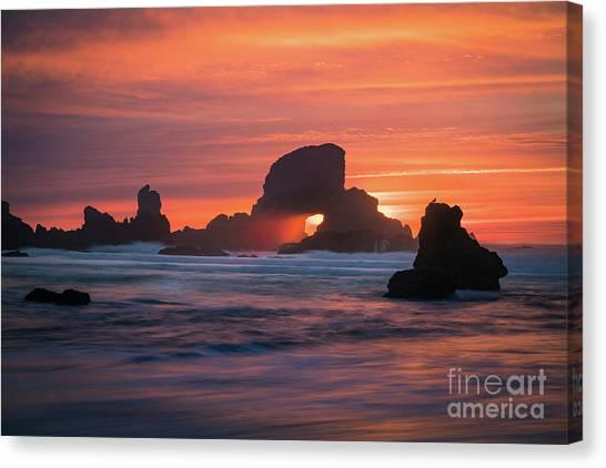 Sunset Behind Arch At Oregon Coast Usa Canvas Print