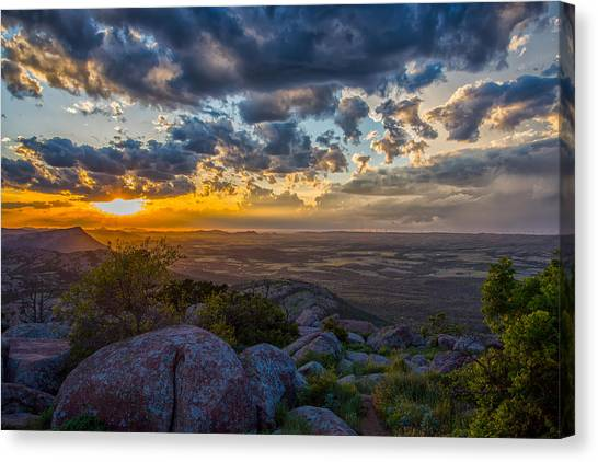 Sunset From The Heavens Canvas Print