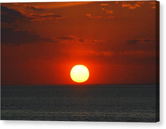 Sunset From The Montauket Hotel Canvas Print
