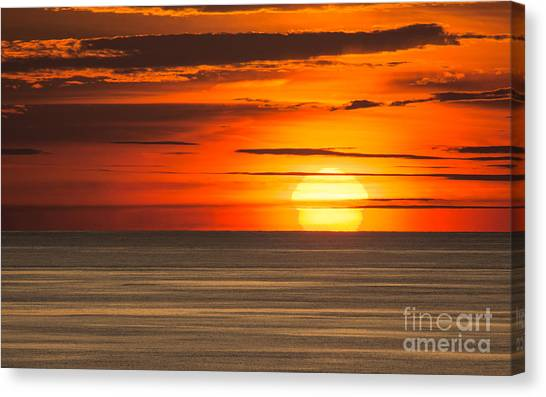 Sunset In Bermuda Canvas Print