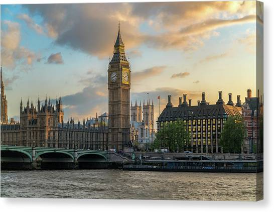 Sunset In London Westminster Canvas Print