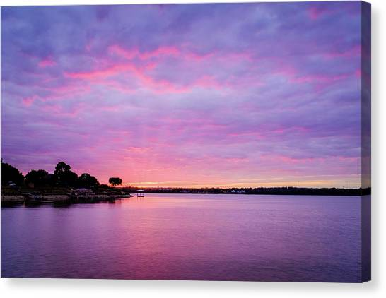Canvas Print featuring the photograph Sunset Lake Arlington Texas by Robert Bellomy