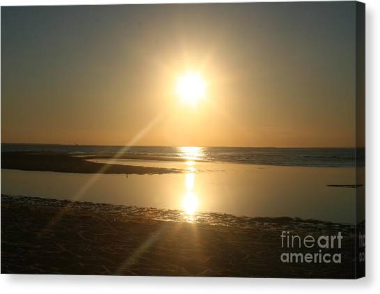Sunset On Mayflower Beach Canvas Print by Amy Holmes