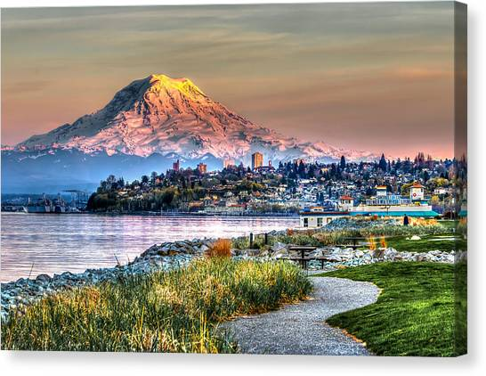 Sunset On Mt Rainier And Point Ruston Canvas Print