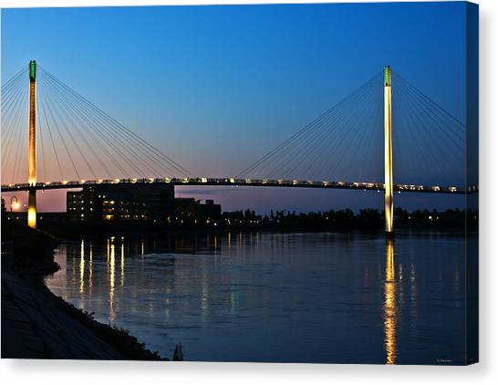 Sunset On The Bob Kerry Pedestrian Bridge Canvas Print