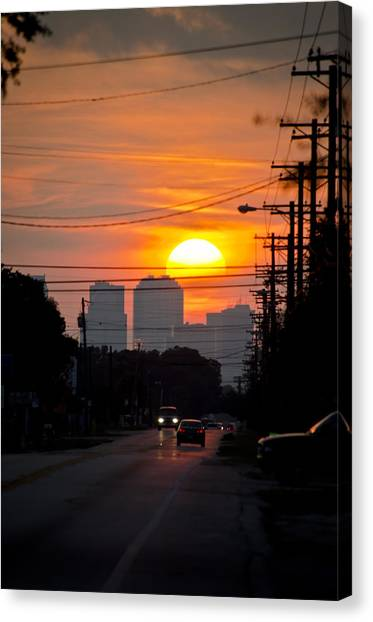 Sunset On The City Canvas Print