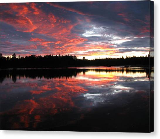 Sunset Over Caswell Lake Canvas Print