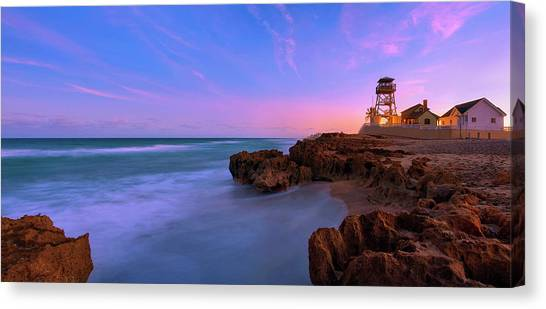 Sunset Over House Of Refuge Beach On Hutchinson Island Florida Canvas Print