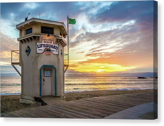 Sunset Over Laguna Beach Lifeguard Station Canvas Print