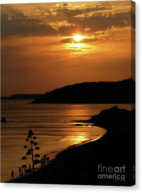 Canvas Print featuring the photograph Sunset Over Sto. Tomas by Dee Flouton