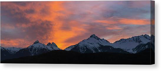 Canvas Print - Sunset Over Tantalus Range Panorama by David Gn