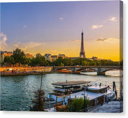 Sunset Over The Seine In Paris Canvas Print