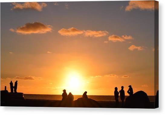 Sunset People In Imperial Beach Canvas Print