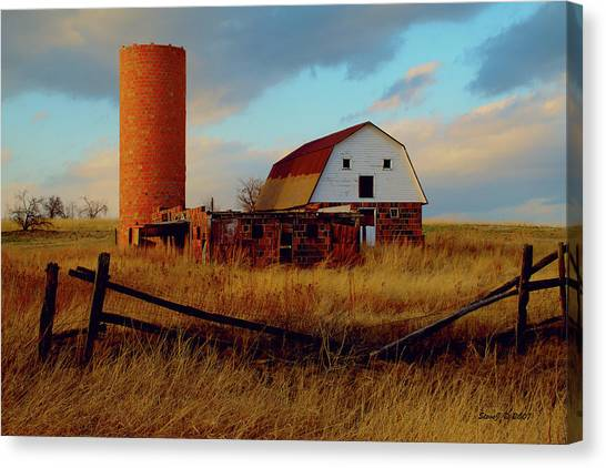 Sunset Silo Barn Canvas Print