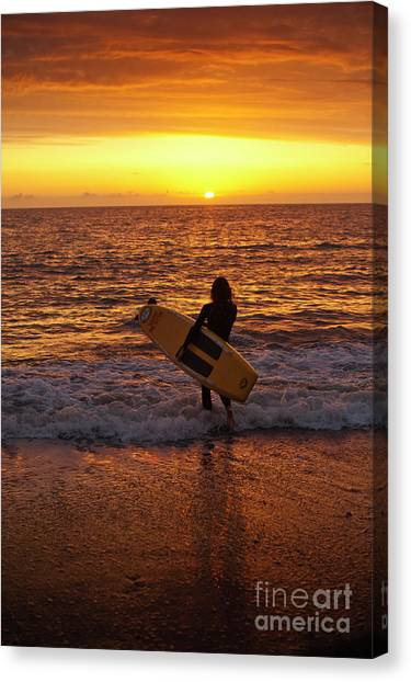 Sunset Surfer On Aberystwyth Beach Wales Uk Canvas Print