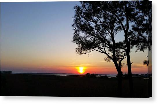 Sunset View From Knights Of Columbus' Deck Canvas Print