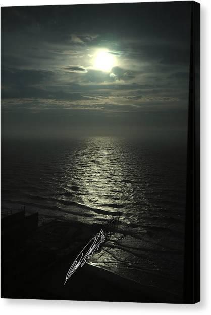 Sunshine Over Central Pier, Atlantic City, Nj Canvas Print
