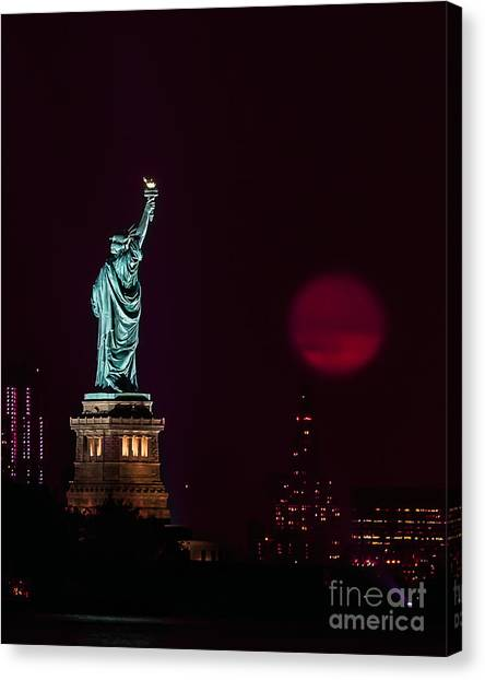 Super Moon Rising And The Statue Of Liberty Canvas Print