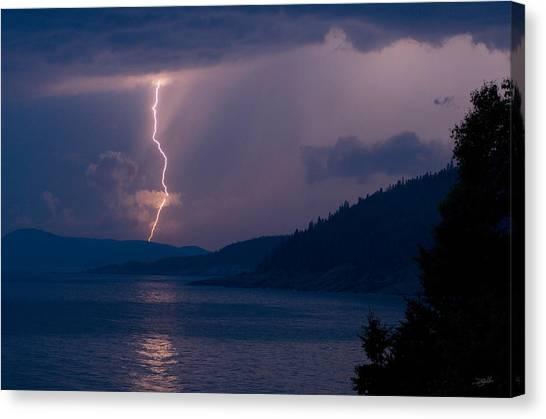 Superior Lightning     Canvas Print