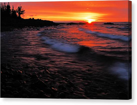 Superior Sunrise 2 Canvas Print