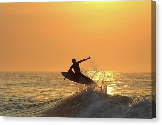 Canvas Print featuring the photograph Surfing To The Sky by Robert Banach